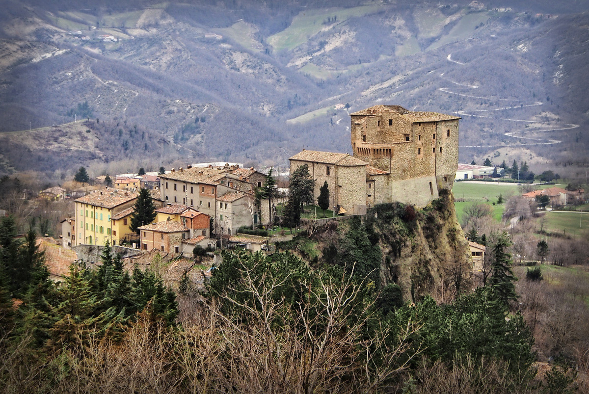 Rocca di Fregoso ... Sant'Agata Feltri (marzo 2013)